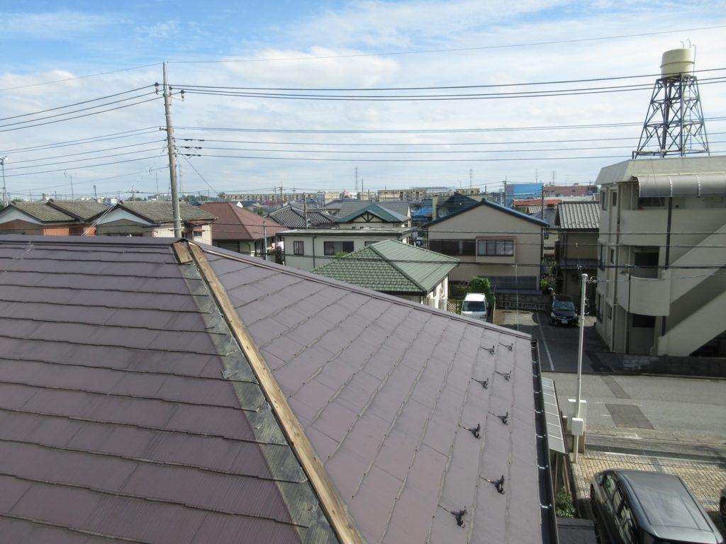 カバー工法で雨漏りの起きた屋根を修理